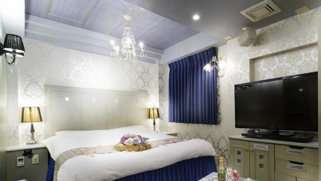 Kamar di Hotel Chapel Christmas Umeda (tsunagujapan.com)