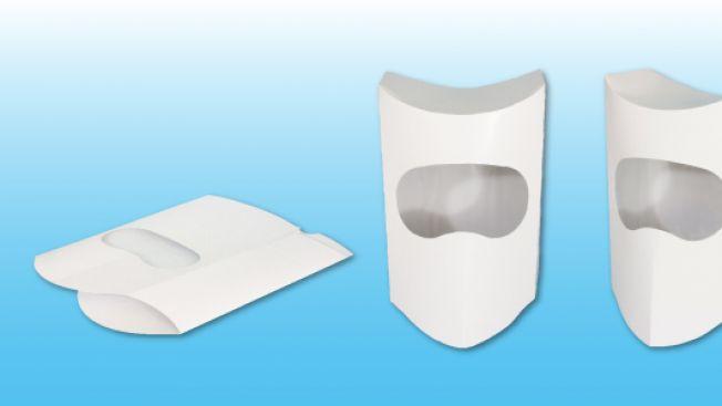 Helm kertas ini ttidak benar-benar kotak meski mirip dengan sebuah
