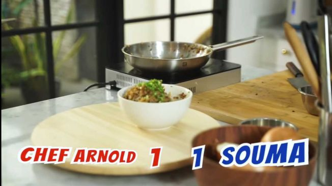 Chef Arnold vs Souma seri (YouTube: Arnold Poernomo)