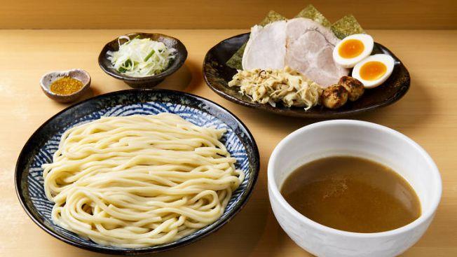 ramen terlezat di tokyo