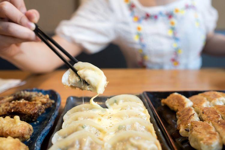 Menikmati gyoza di Jepang (tsunagujapan.com)
