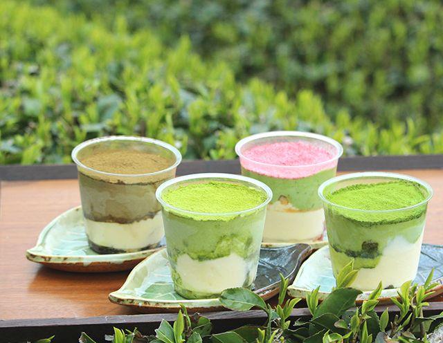 Aneka varian tiramisu teh hijau (grapee.jp)