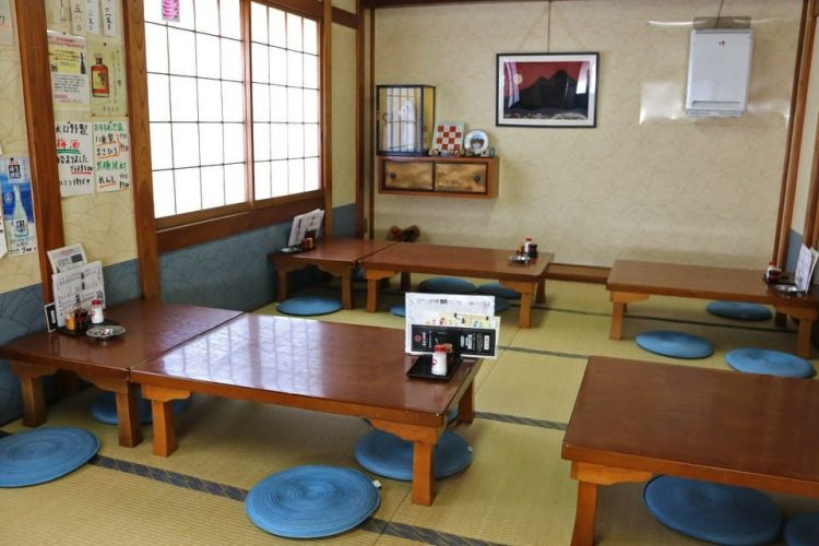 Ruang tatami tradisional (matcha-jp.com)
