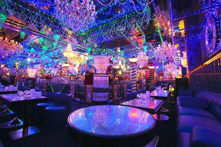 Suasana Host Club (grapee.jp)