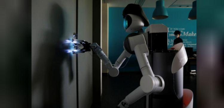 Ugo, robot untuk memerangi virus corona japanesestation.com