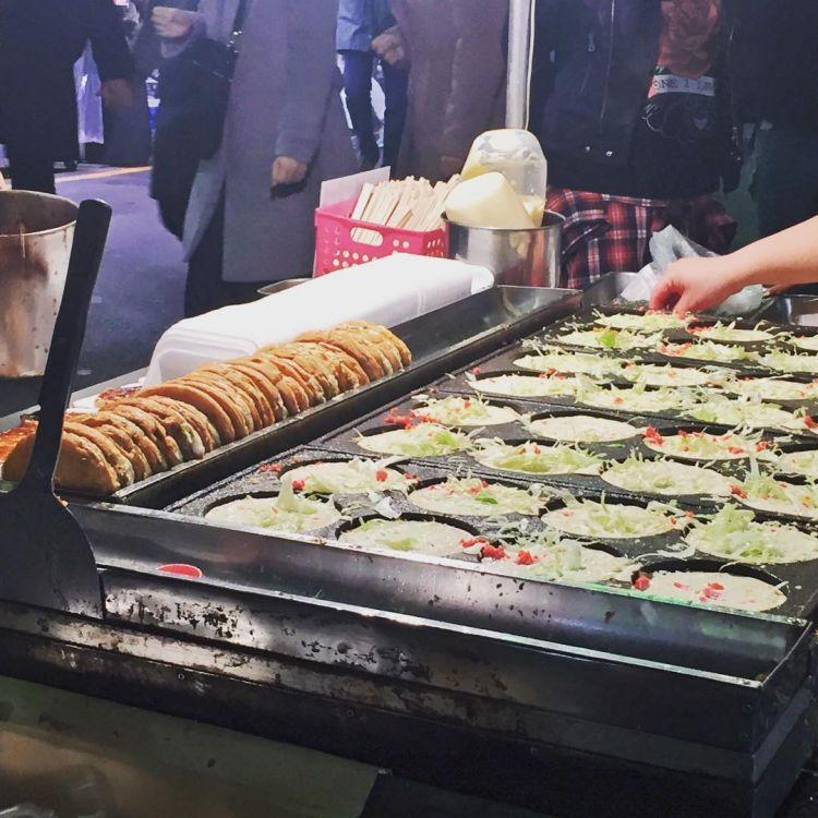Jajanan ini mirip dengan okonomiyaki