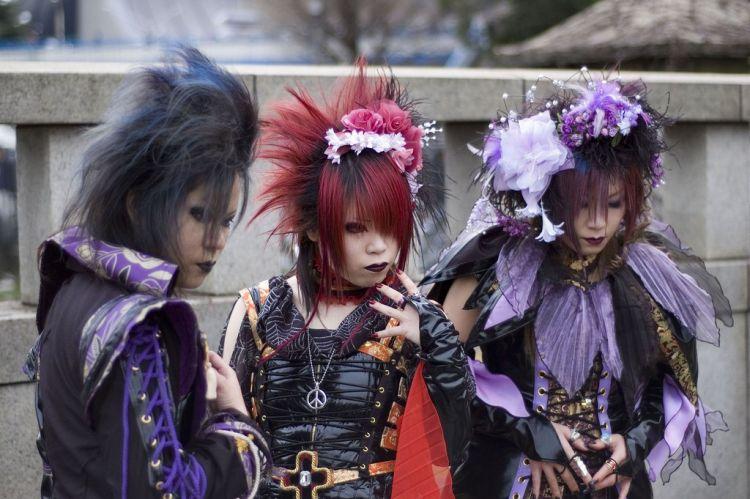 5 Stereotip orang Jepang japanesestation.com