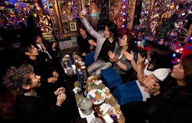Host dan Hostess Club Jepang japanesestation.com