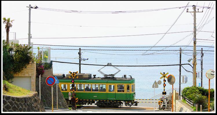 wisata Kamakura Enoshima Electric Railways japanesestation.com