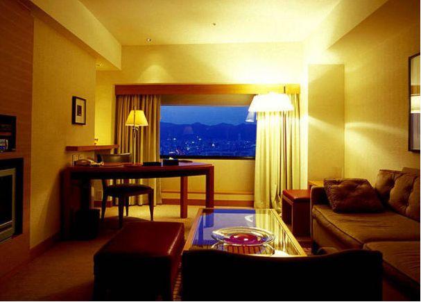 hotel terbaik Kobe japanesestation.com