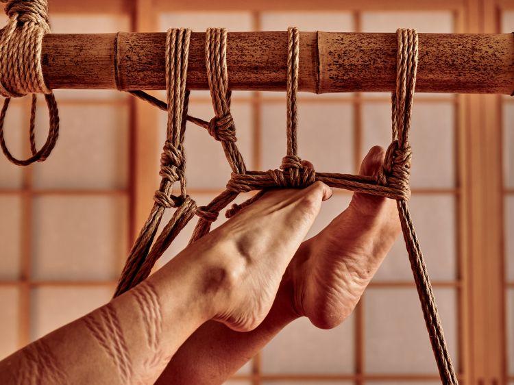 seni mengikat Jepang shibari japanesestation.com