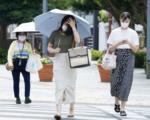 suhu panas Jepang japanesestation.com