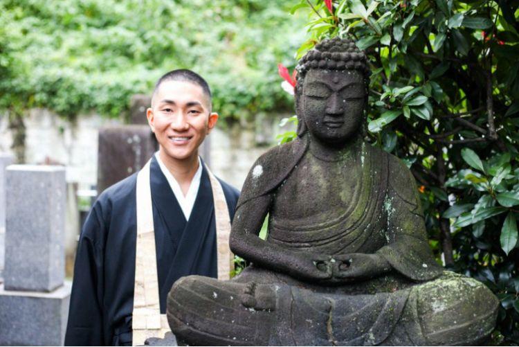 Biksu Buddha Jepang minoritas seksual japanesestation.com
