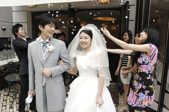 Pasangan yang baru menikah
