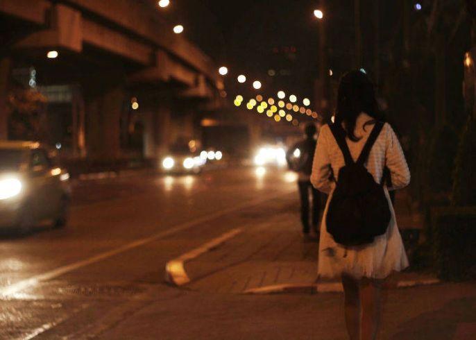 Berjalan di malam hari
