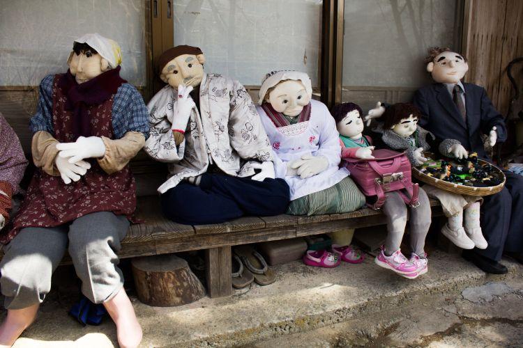 Boneka penduduk di Desa Nagoro