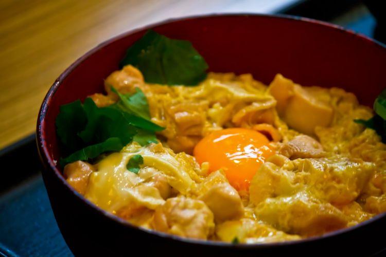 oyakodon rice bowl jepang japanesestation.com