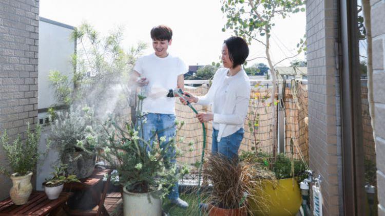 Miyuki Fujii dan Rie Fukuda