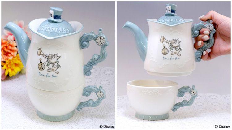 Nikmati waktu minum teh dengan peralatan makan alice in wonderland ini japanesestation.com