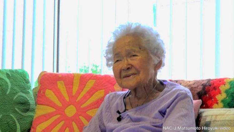 Tomoe Oketani, wanita Jepang-Amerika, yang mulai bekerja di ladang gula sejak kecil